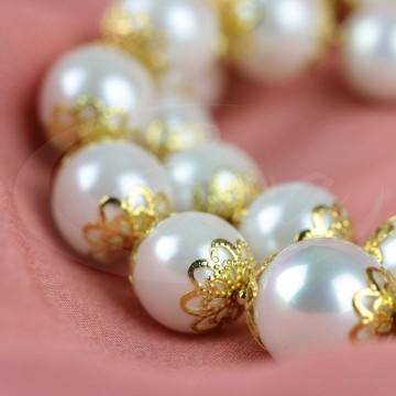 Naszyjnik z pereł (majorka) ze złoconymi elementami