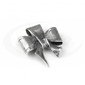 Elegancka srebrna kokarda, ręcznie robiona